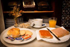 Desayuno B&B Naranjo Sevilla
